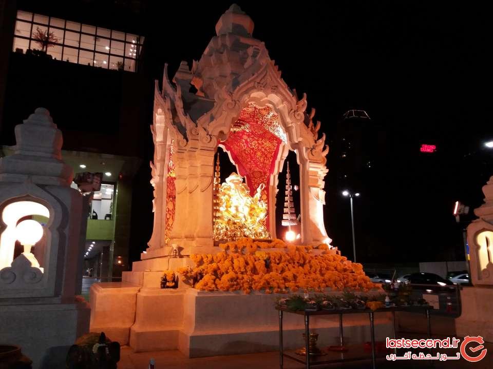 معبد جلوی سنترال فستیوال