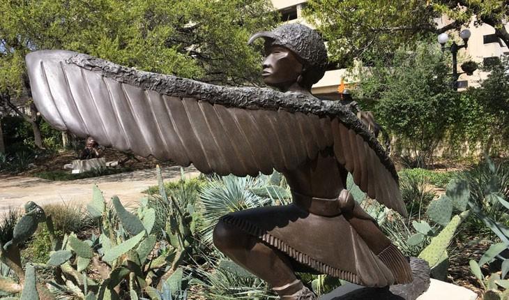 باغ رازآلود مجسمه ها در تگزاس