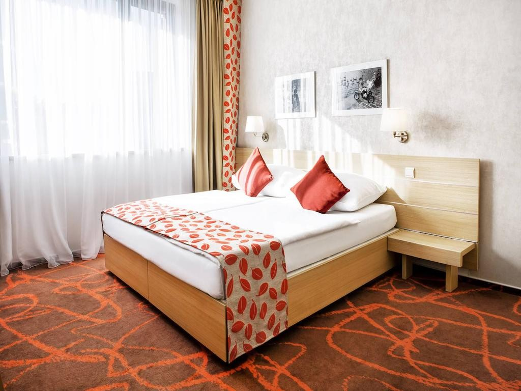 هتل آیریس ایدن