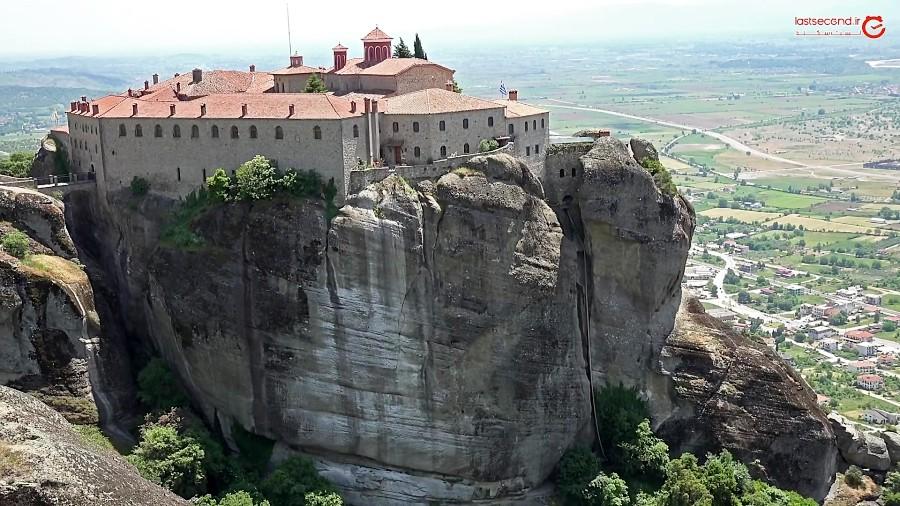 متئورا مالک بزرگترین مجموعه کلیساهای یونان