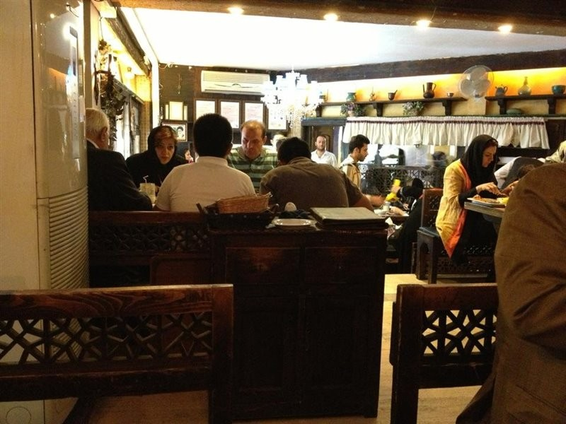 رستوران-گیلانه-38735-همگردی.jpg