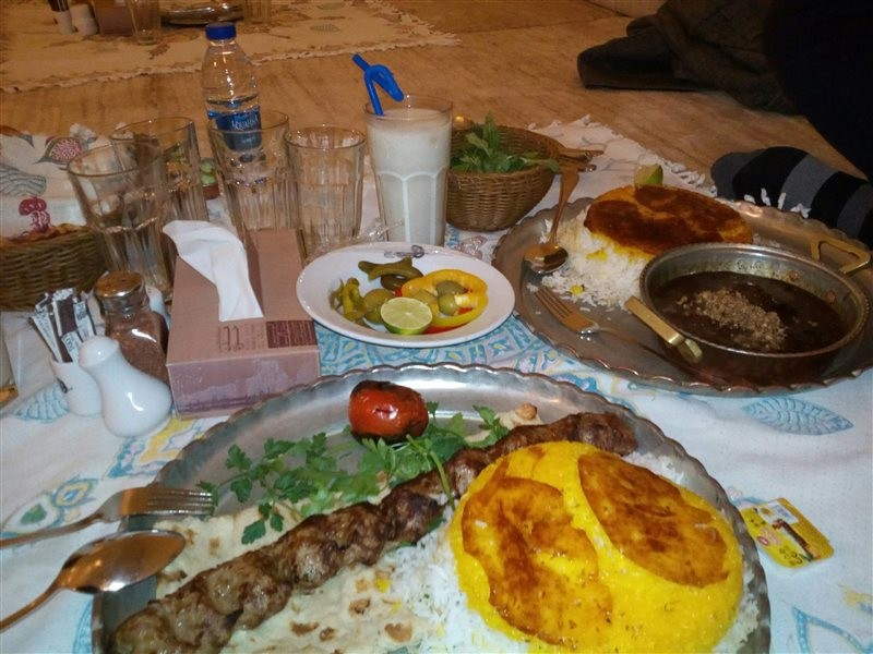 رستوران-بین-المللی-هفت-خوان-525894-همگردی.jpg