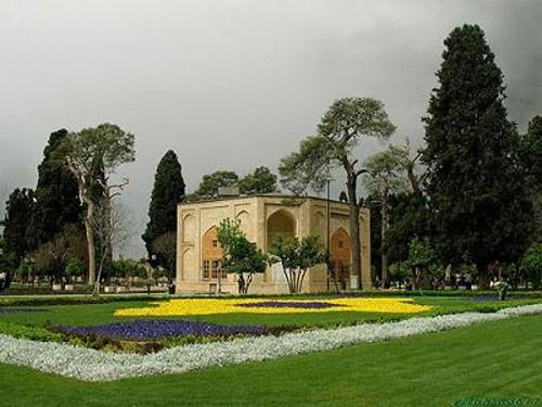 باغ-جهان-نما.jpg
