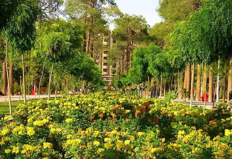 Jannat-Park-in-shirz.jpg