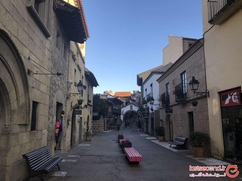 خیابانی در دهکده اسپانیایی ها