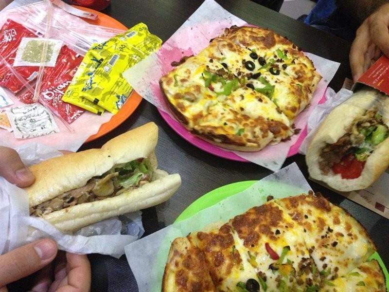 پیتزا-میخوش--سلماس--24496-همگردی.jpg