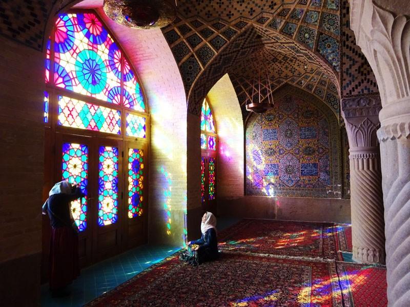nasir-ol-molk-mosque-3.jpg