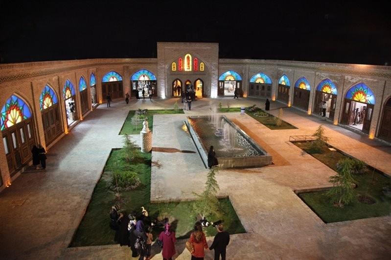 رستوران مجتمع گردشگری بابا قدرت (مشهد)