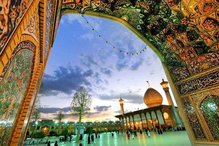 Shah-e-Cheragh (9).jpg