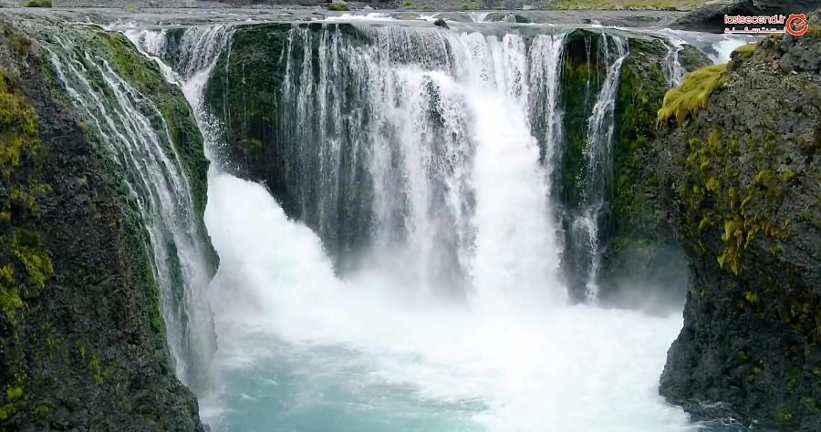 ایسلند جزیره ی آبشار و آتشفشان