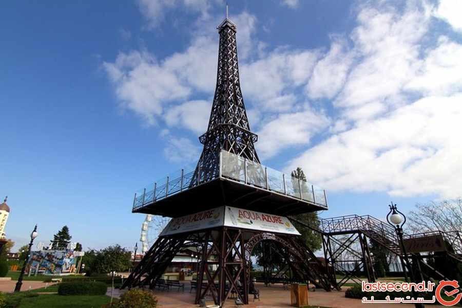 16 برج ایفل را در خارج از پاریس تماشا کنید!
