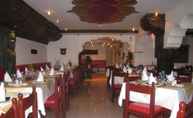 Taj Mahal Restaurants (3).jpg