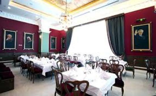 Khangostar Restaurant (9).jpg