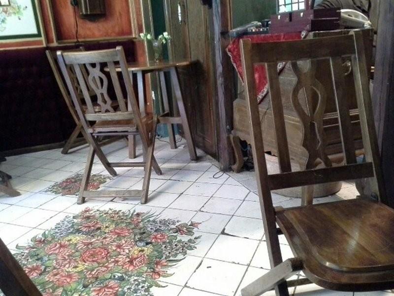 Firouz Sherbat Cafe (9).jpg