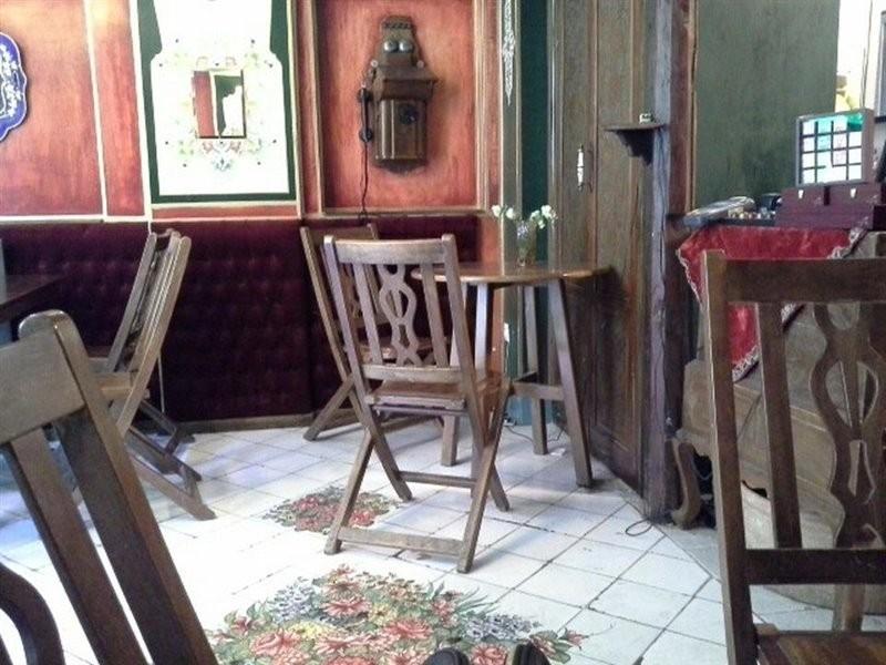 Firouz Sherbat Cafe (5).jpg
