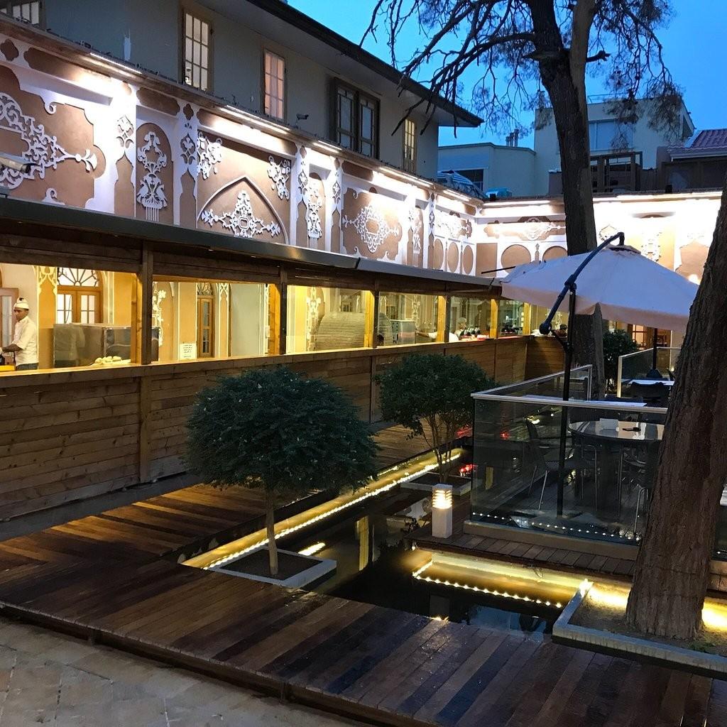 Arc A Restaurant (10).jpg