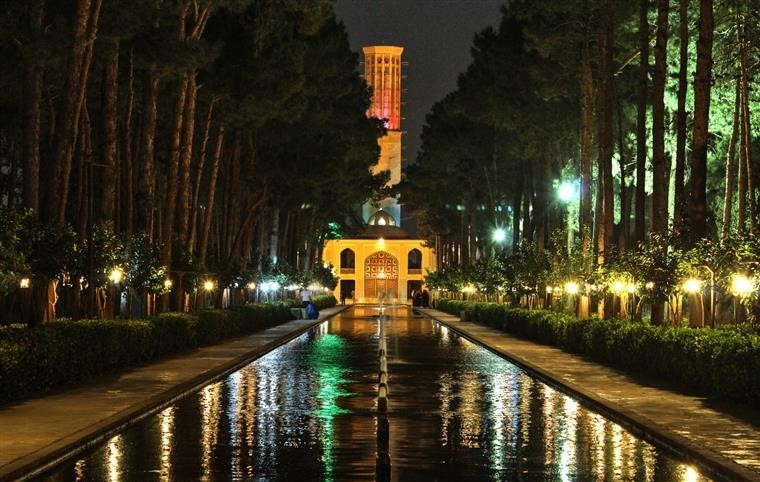 Dowlat Abad Garden (3).jpg