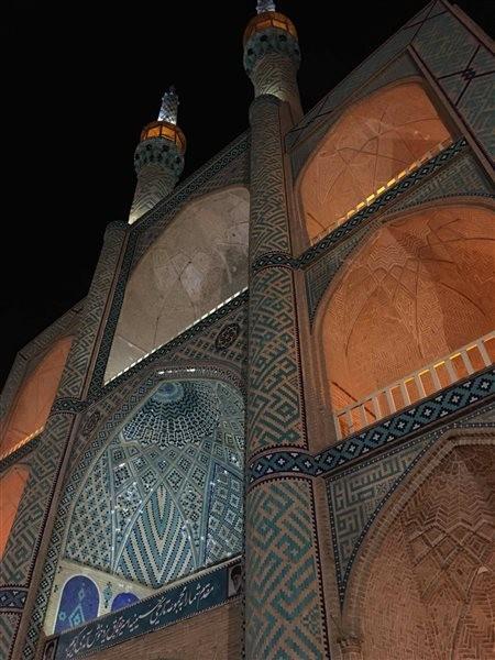 Amir Chakhmaq Complex (11).jpg