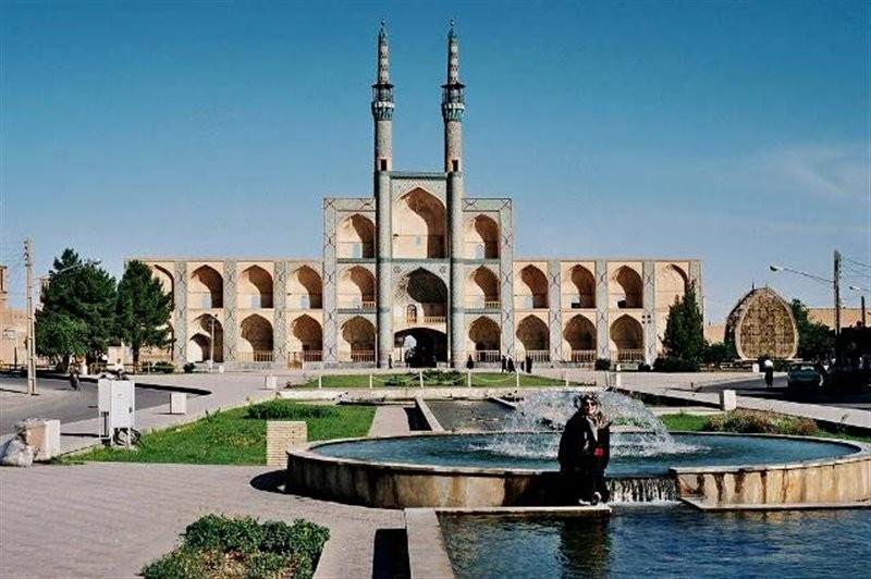 Amir Chakhmaq Complex (2).jpg
