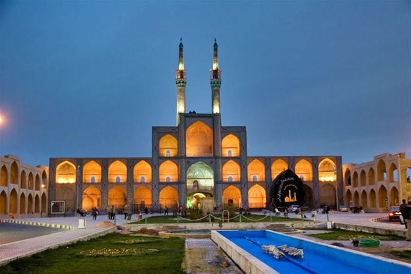 Amir Chakhmaq Complex (4).jpg