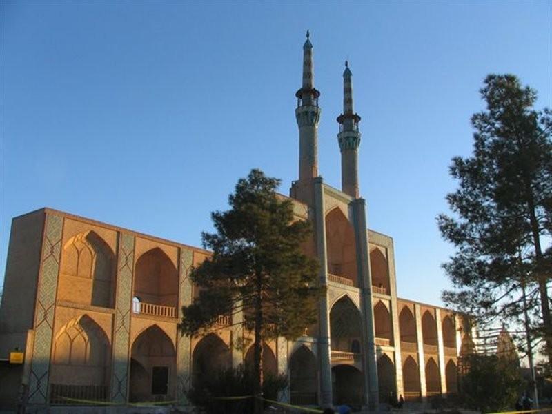 Amir Chakhmaq Complex (9).jpg