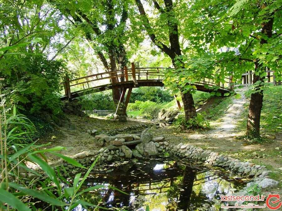 باغ گیاهشناسی ژورموواک ( Jevremovac Botanical Garden )