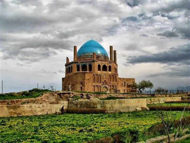 Dome of Soltaniyeh Zanjan (16).jpg
