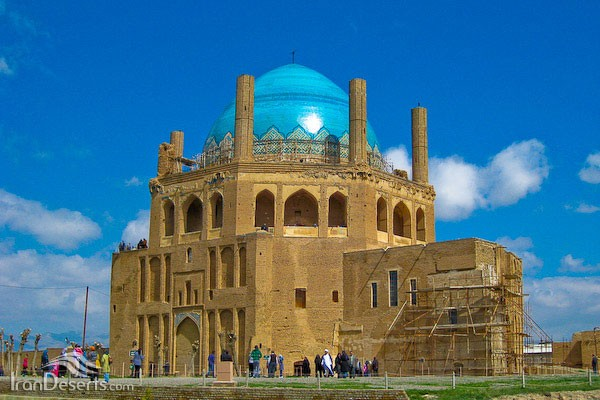 Dome of Soltaniyeh Zanjan (11).jpg