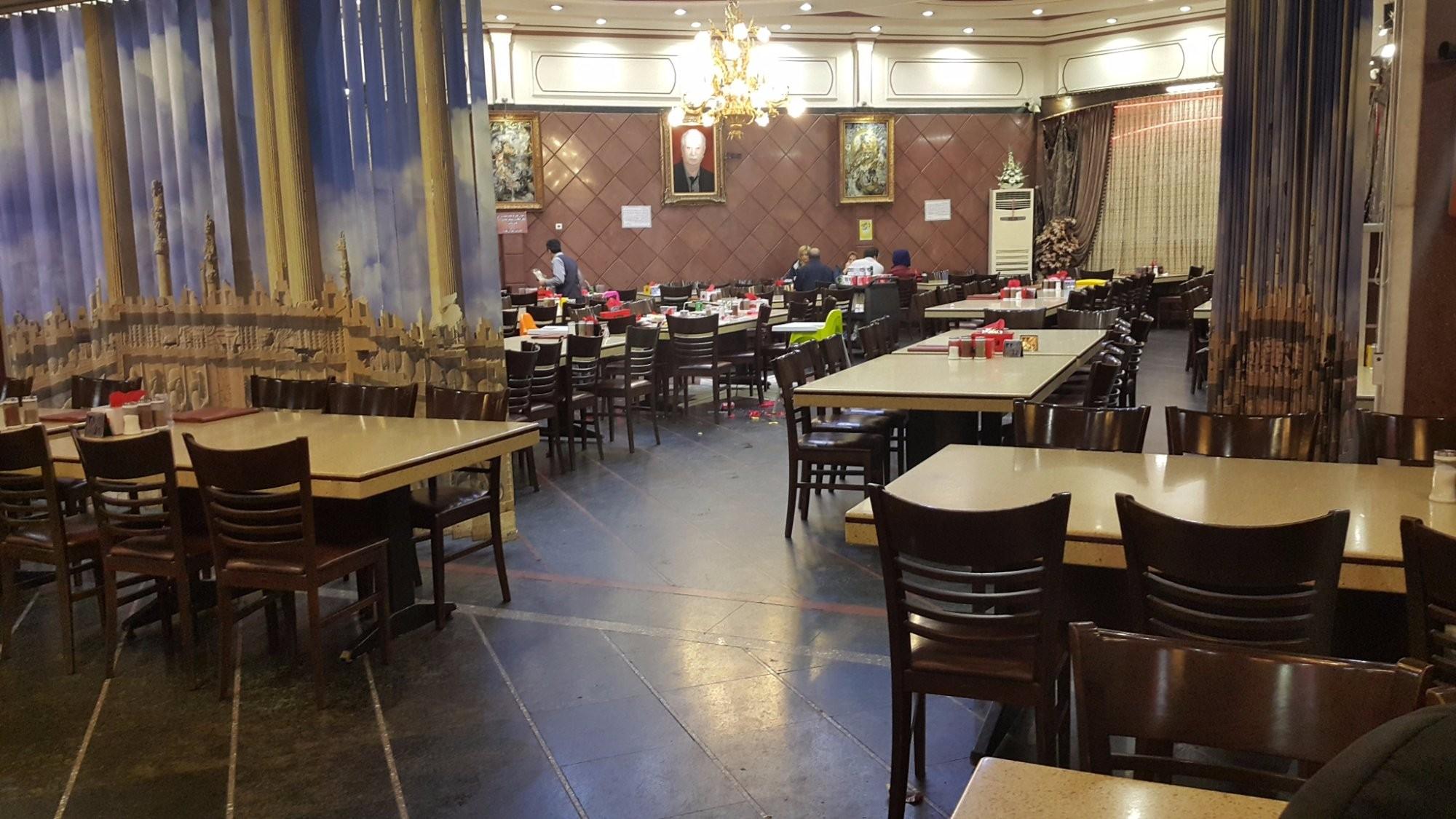 Moharam Restaurant (3).jpg