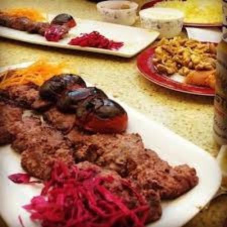 Moharam Restaurant (7).jpg
