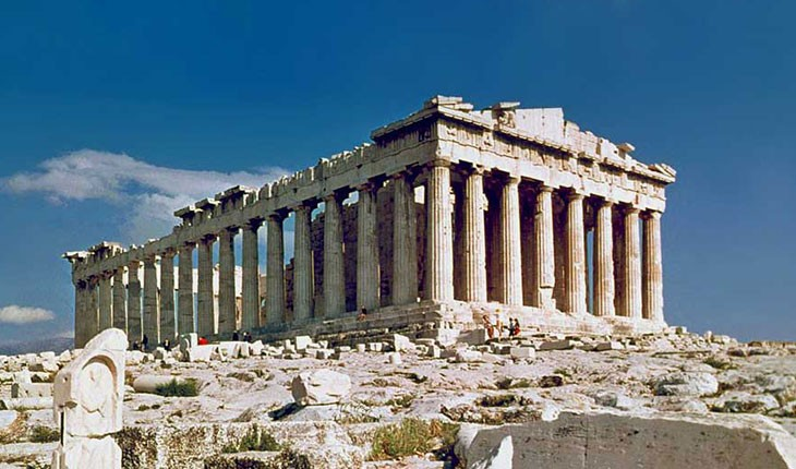 چیزهایی که باید برای رفتن به تور یونان همراهمان داشته باشیم