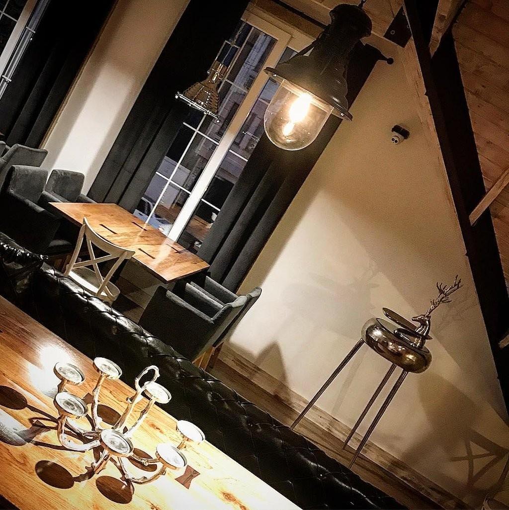 Gilaneh Restaurant (1).jpg