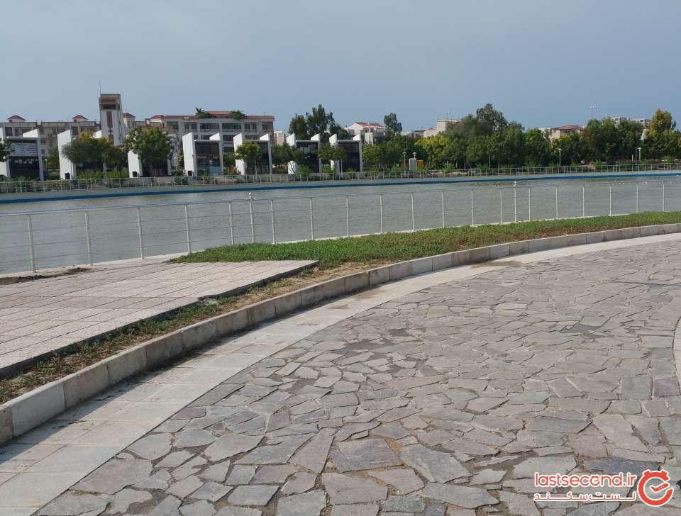 نمای استخر پارک شهر کیش