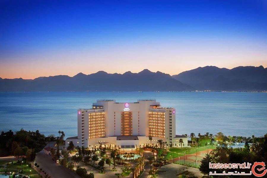 آکرا هتل(Akra Hotel)