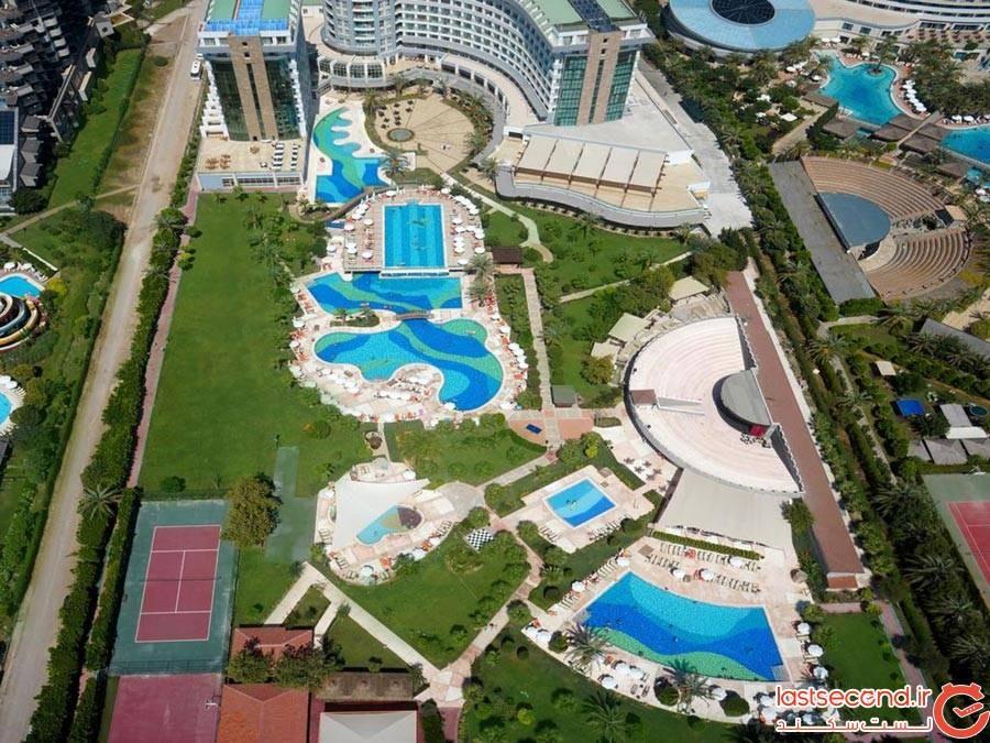 هتل شروود بریزز ریزورت (Sherwood Breezes Resort)