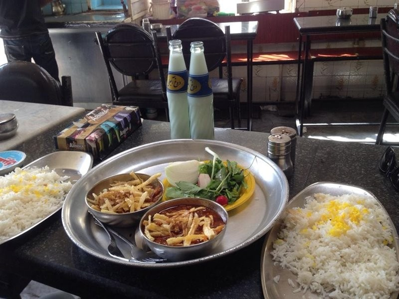 Amoo Hooshang Restaurant (5).jpg