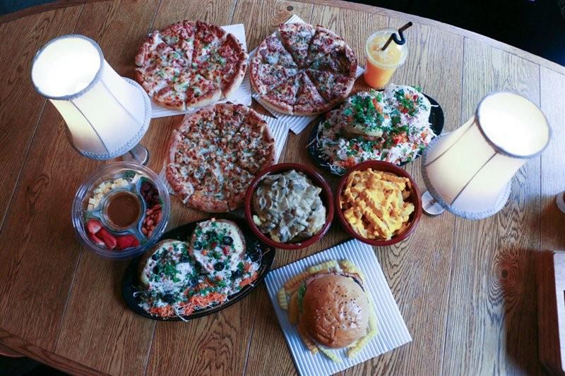 Khatoon Pizza (6).jpg