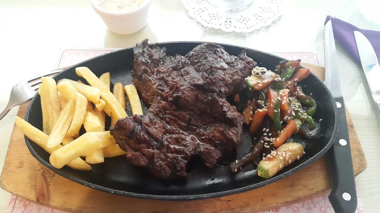 Royal Star Restaurant (1).jpg