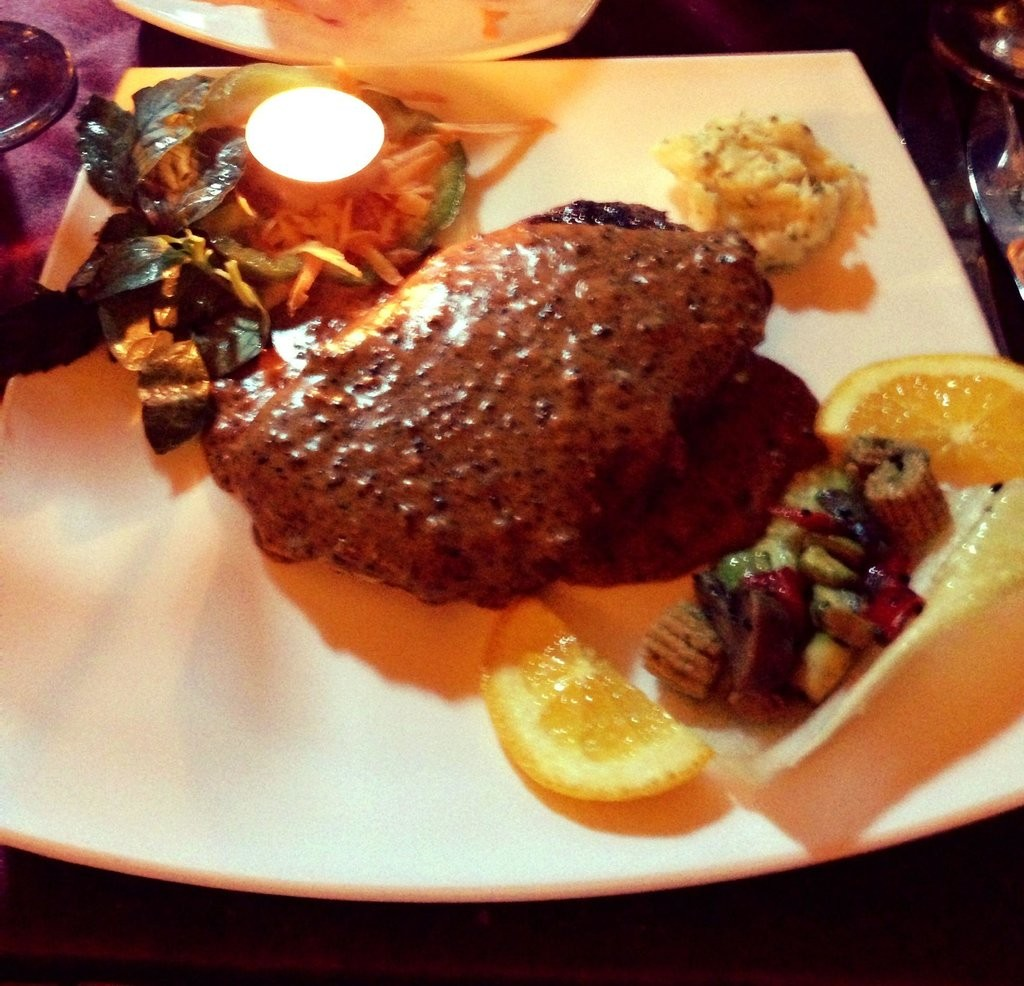 Koohe Nour Resturant (5).jpg