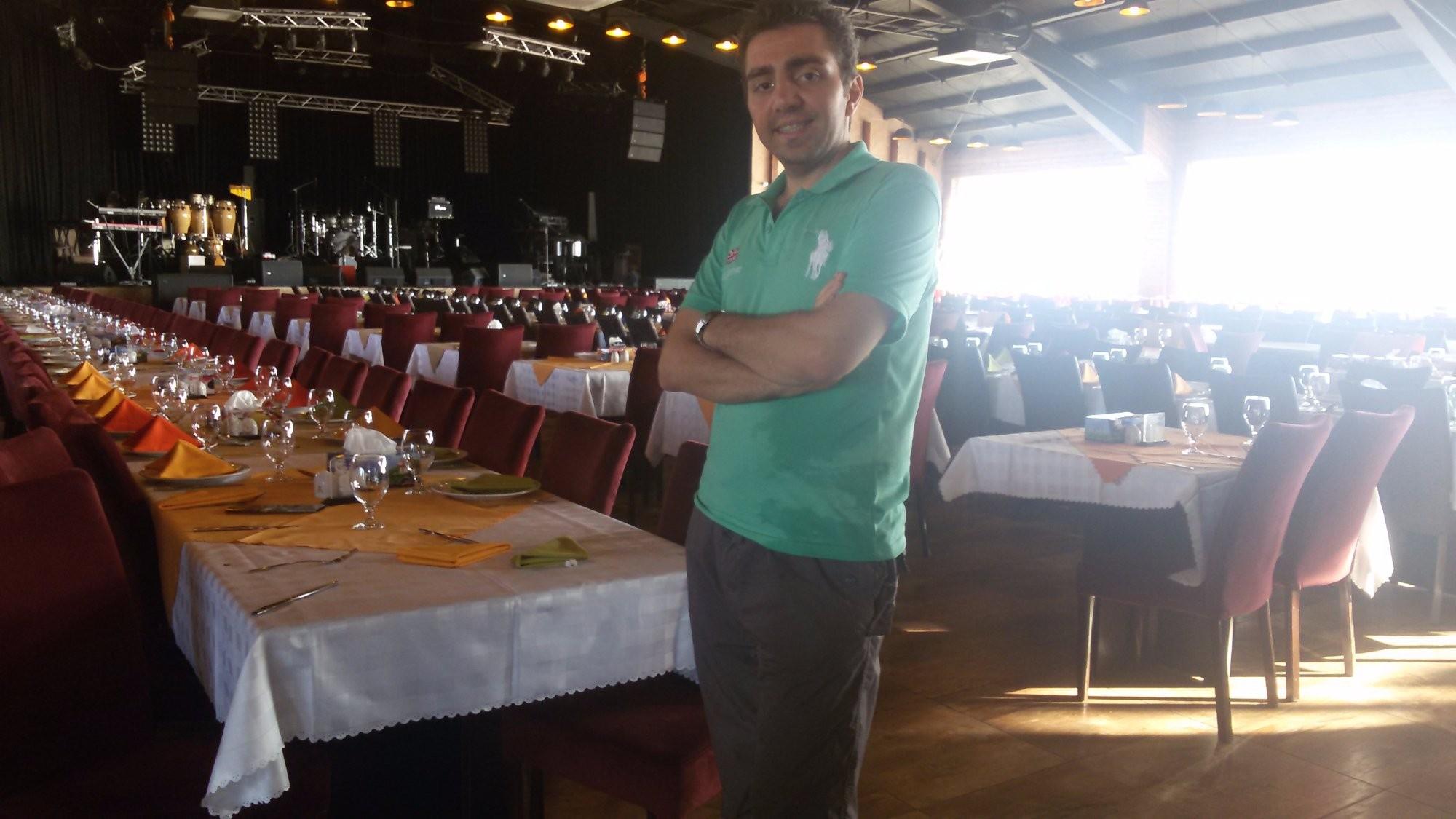 Shandiz Safdari Restaurant (2).jpg