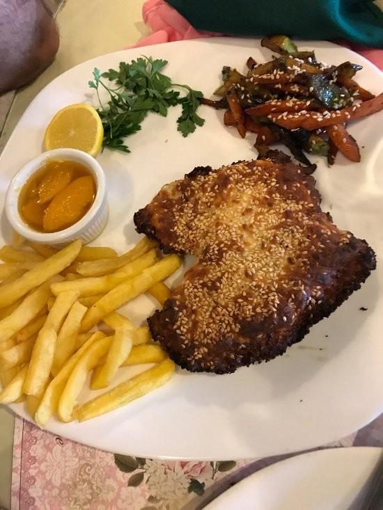 Royal Star Restaurant (7).jpg