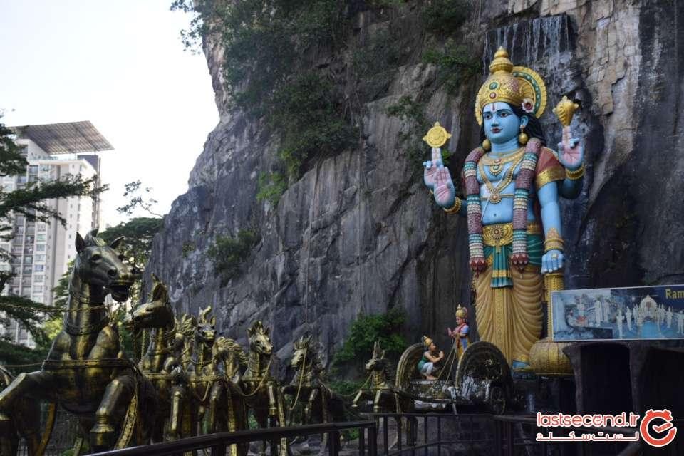 ورودی معبد رامایانا کوآلالامپور