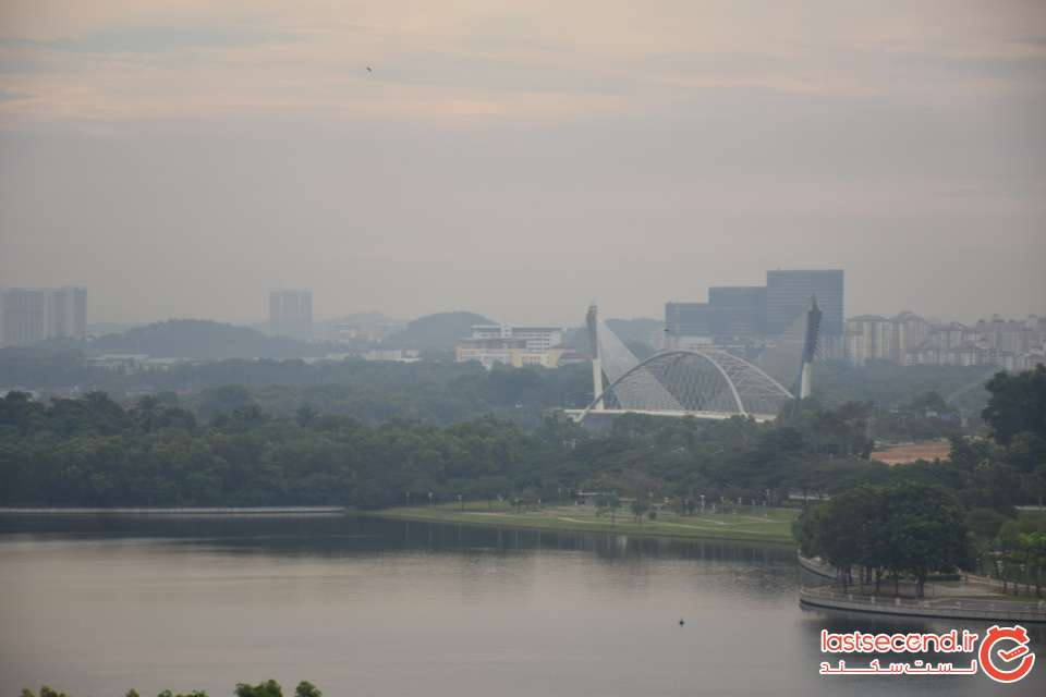 چشم انداز روبروی مجلس کوآلالامپور