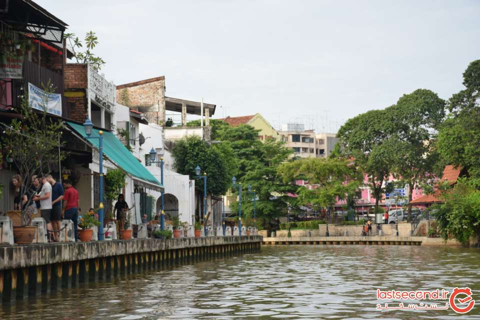 چشم انداز شهر ملاکا از داخل قایق