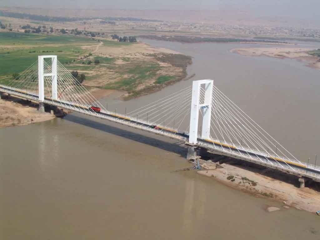 Ghadir Bridge Ahvaz (10).jpg