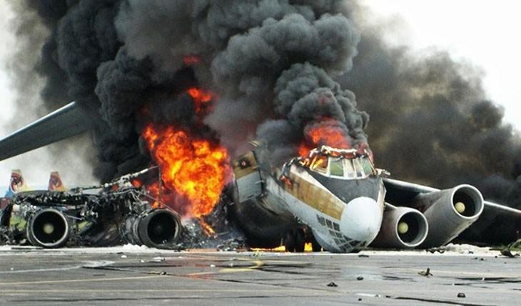 سقوط هواپیما با 100 سرنشین در مکزیک