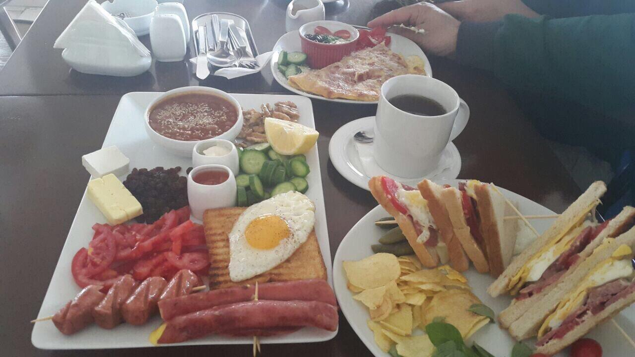 Darchin Cafe And Restaurant (5).jpg