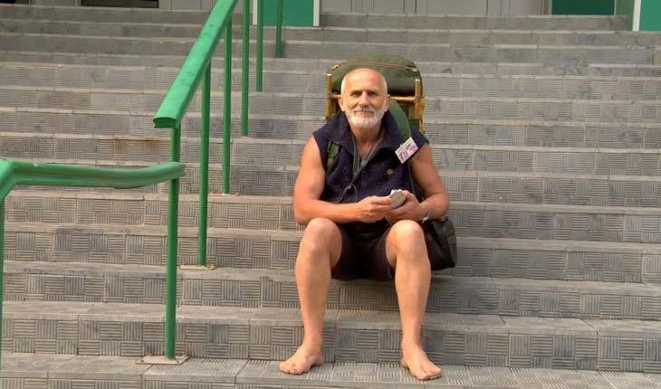 ولادیمیر نسین، سفر با پای برهنه به ۱۴۶ کشور دنیا