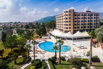 هتل هالیدی ریزورت