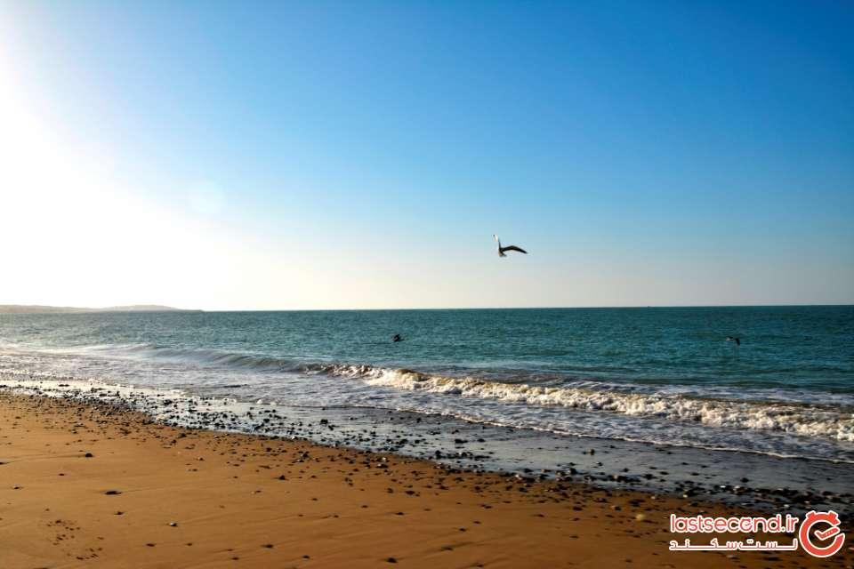 طلوع آفتاب در ساحل روستای درک